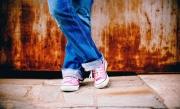 Cât supraviețuiește coronavirusul pe talpa pantofilor și cum îi putem curăța