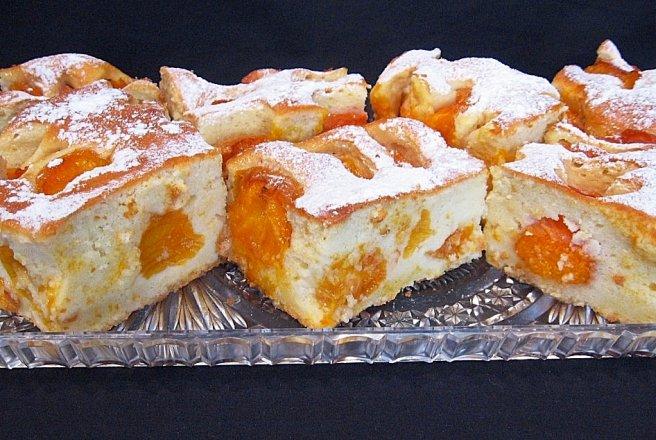 Un dulce de weekend – prajitura cu caise