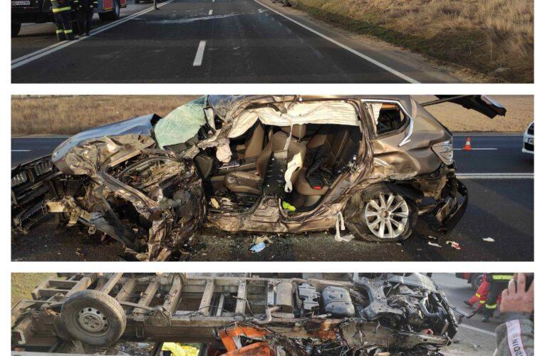 Accident rutier pe DN5, în localitatea Călugăreni. Sunt implicate două autovehicule. A fost activat Planul roșu de Intervenție.