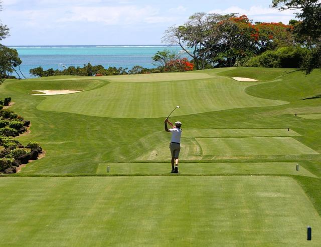 """Cum arată """"carantina de golf"""" din Thailanda, o alternativă la izolarea clasică"""
