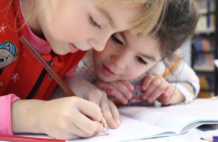 ONU: 11,5 milioane de copii de 10 ani nu vor putea ști să citească din cauza impactului negativ al pandemiei asupra educației