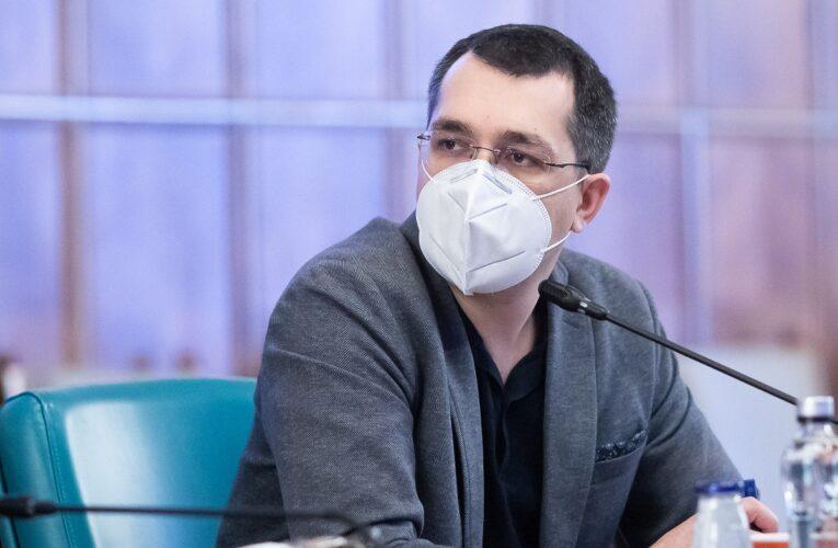 Cum a încercat moderatorul să acopere plecarea din emisiune a lui CTP. Reacția plină de dezamăgire a lui Vlad Voiculescu