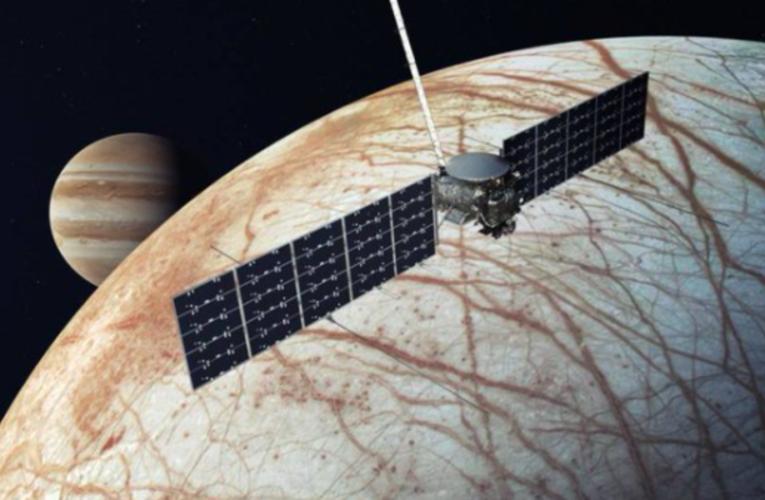 Nasa a ales SpaceX pentru misiunea sa spre Europa, luna înghețată a lui Jupiter, în căutarea unor condiții propice vieții